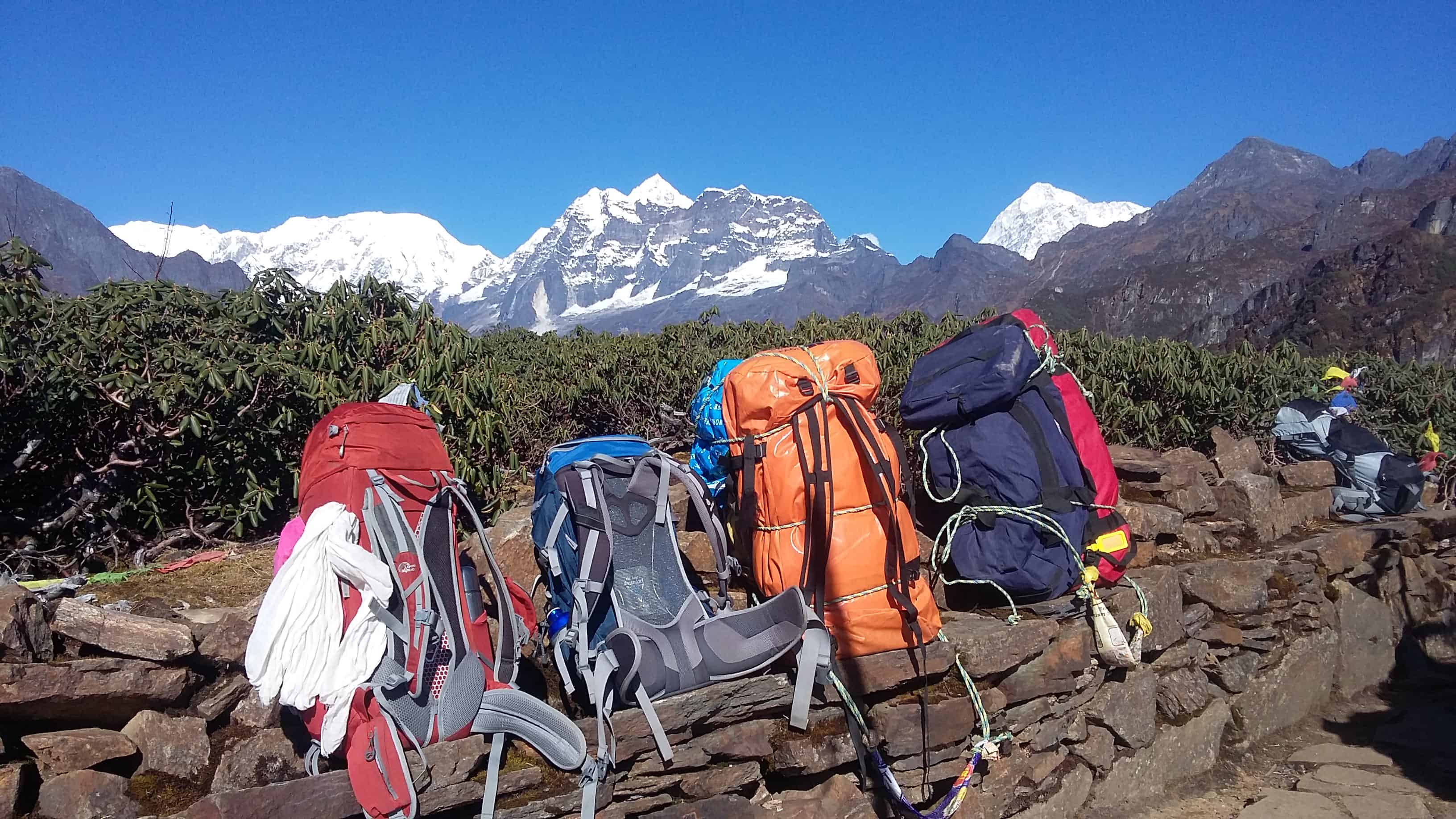 Rest_En_Route_To_Makalu_Trek