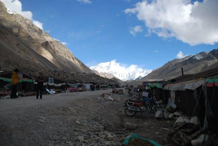lhasa to Everest base camp by jeep